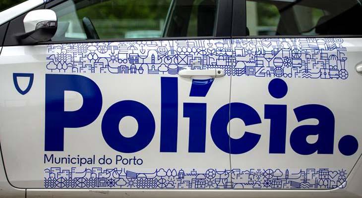 Policia di Porto